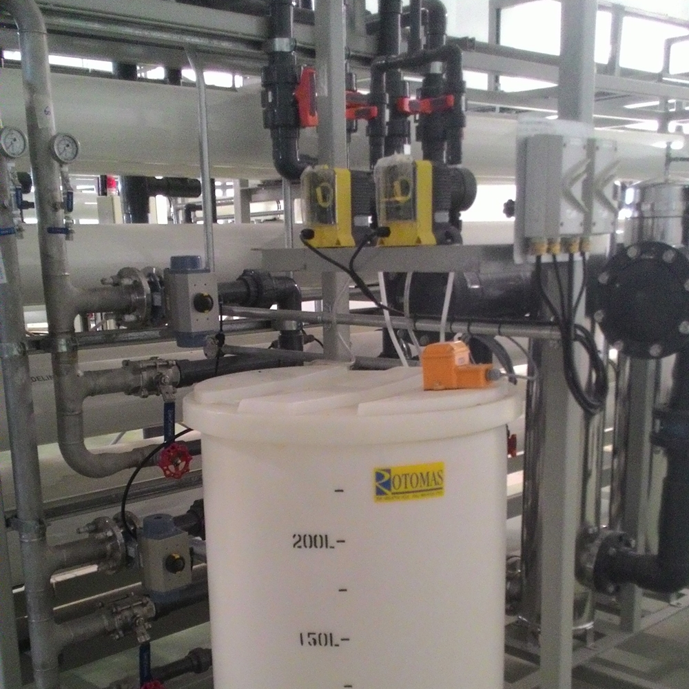Chemical Day Tank with Dosing System.jpg